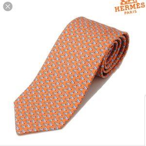 Hermes 5078 PA silk tie